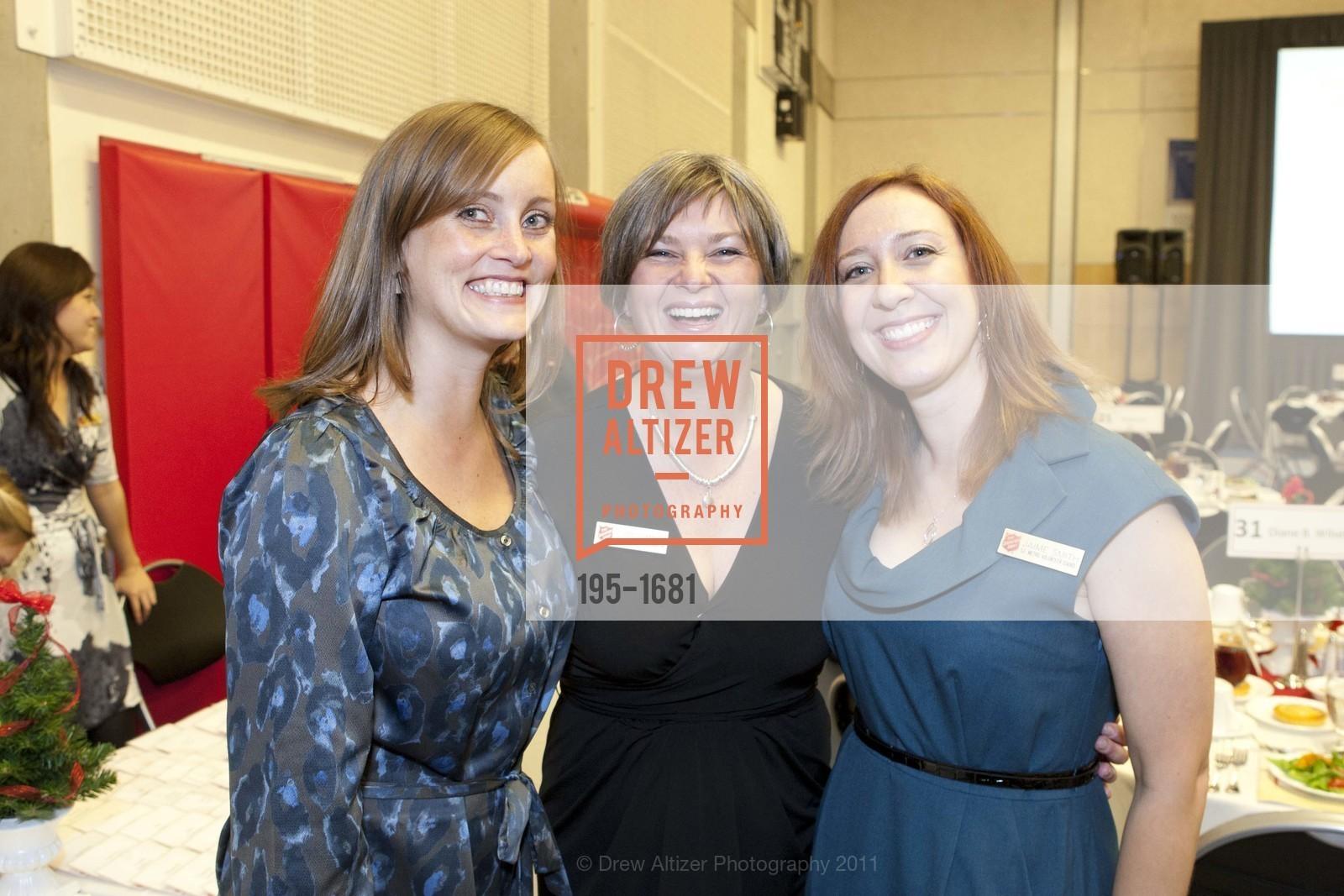 Jessica Duggan, Claire Dunmore, Jaime Smith, Photo #195-1681