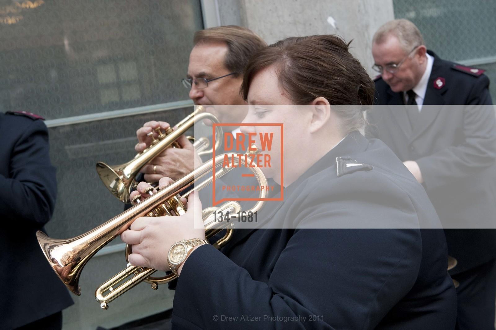 Performance, Photo #134-1681