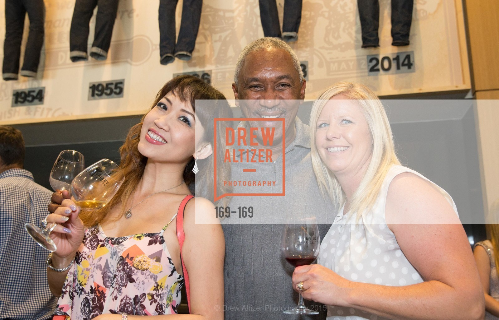 Amanda Bach, Willie McGrady, Theresa McGrady, Silicon Valley Wine Auction Benefiting Silicon Valley Education Foundation, Levi's Stadium. 4900 Marie P. DeBartolo Way, June 19th, 2015,Drew Altizer, Drew Altizer Photography, full-service agency, private events, San Francisco photographer, photographer california