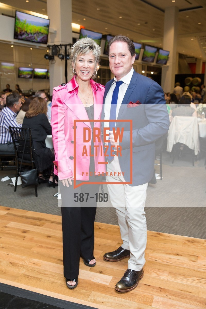 Dawn Marie Kotsonis, Liam Mayclem, Silicon Valley Wine Auction Benefiting Silicon Valley Education Foundation, Levi's Stadium. 4900 Marie P. DeBartolo Way, June 19th, 2015,Drew Altizer, Drew Altizer Photography, full-service agency, private events, San Francisco photographer, photographer california