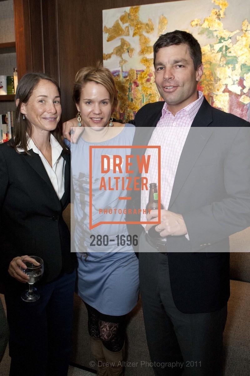 Joanne Jennings, Kate Connally, Steve Pettit, Photo #280-1696
