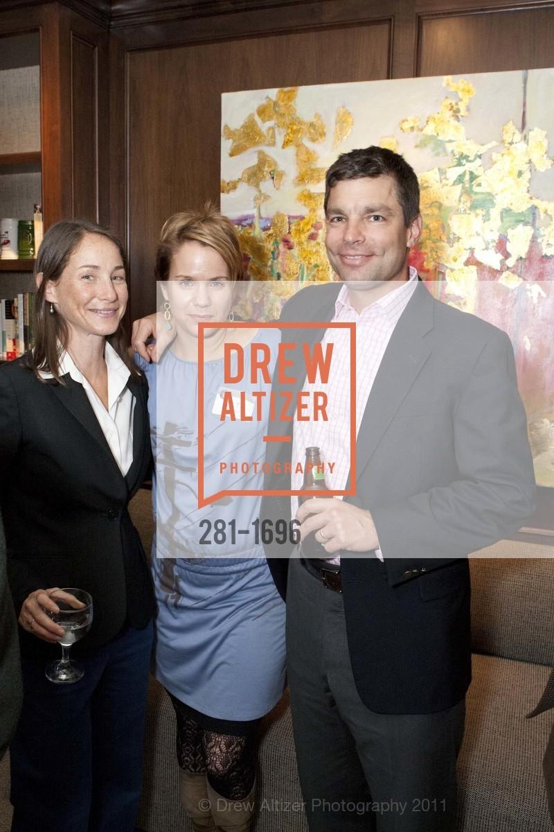 Joanne Jennings, Kate Connally, Steve Pettit, Photo #281-1696