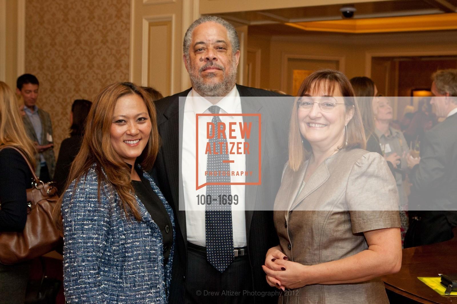Elizabeth Fullerton, Glenn Holsclaw, Donna Cahill, Photo #100-1699