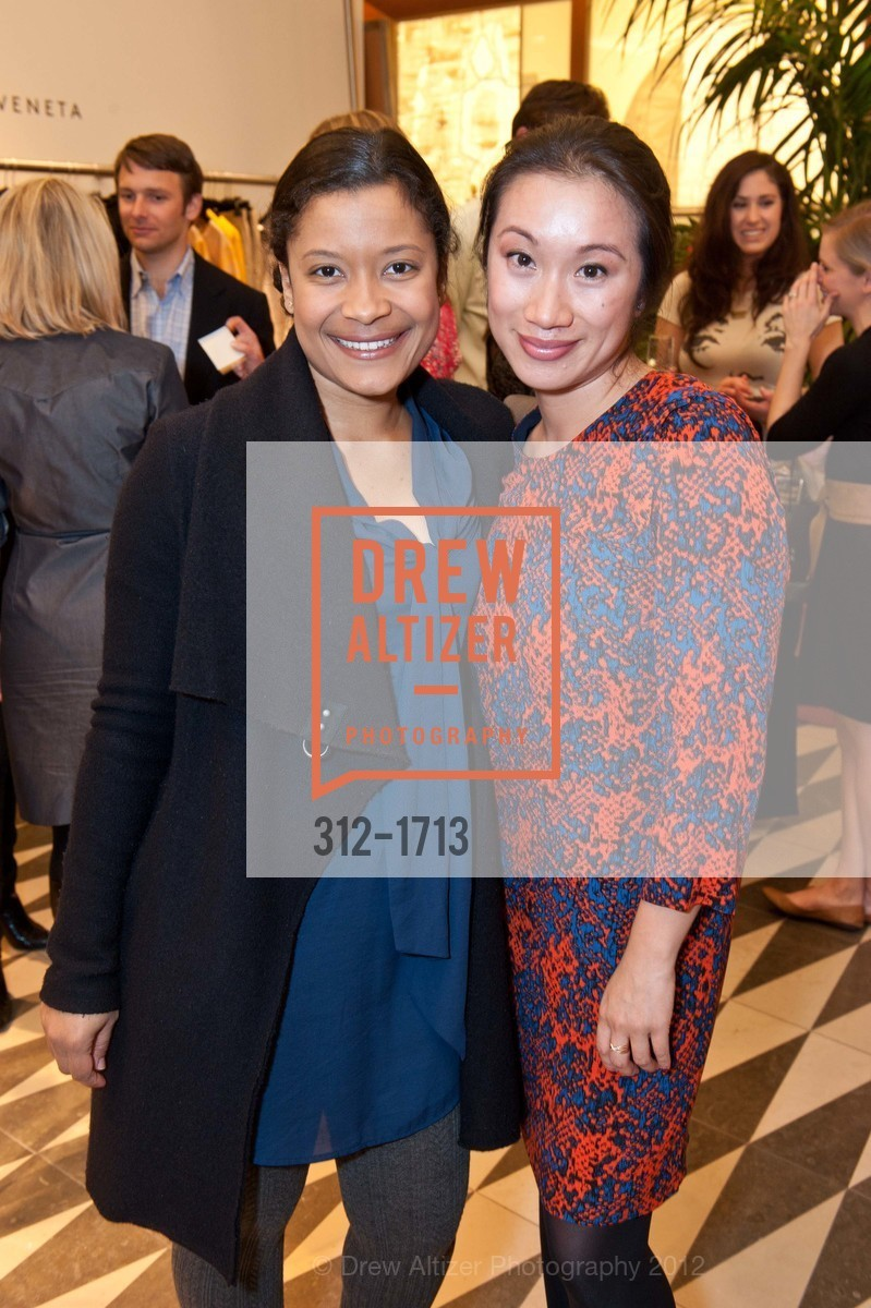 Traci Tolmaire, Vivian Chan, Photo #312-1713