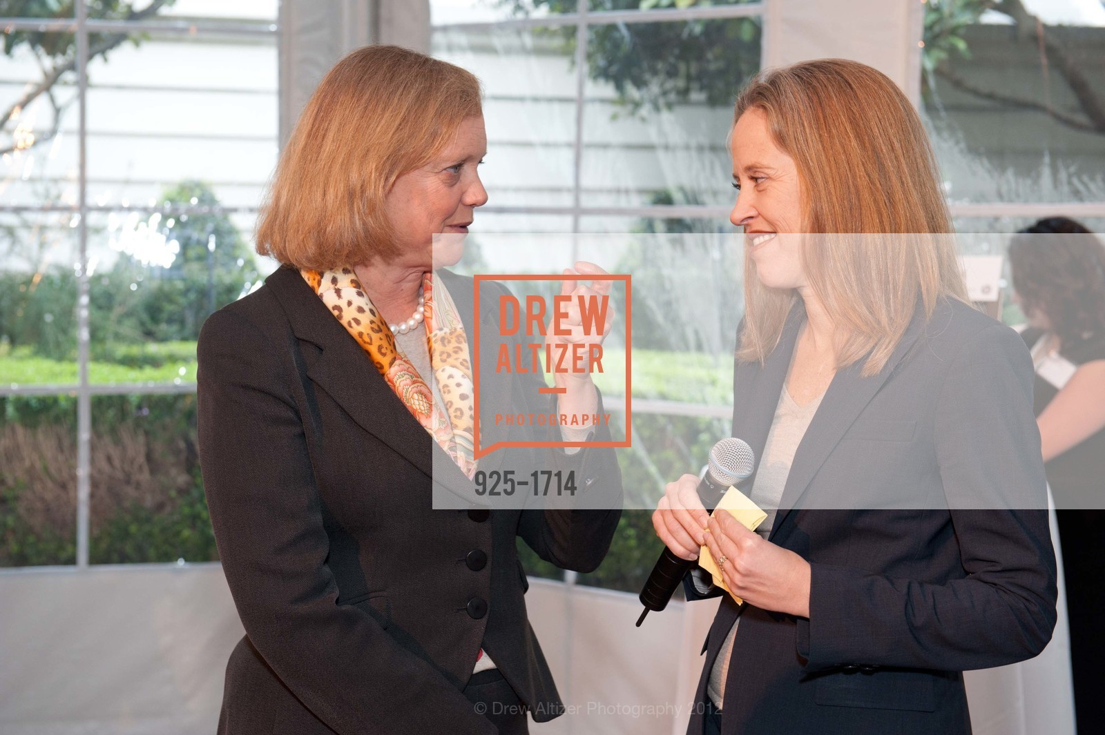 Meg Whitman, Wendy Kopp, Photo #925-1714