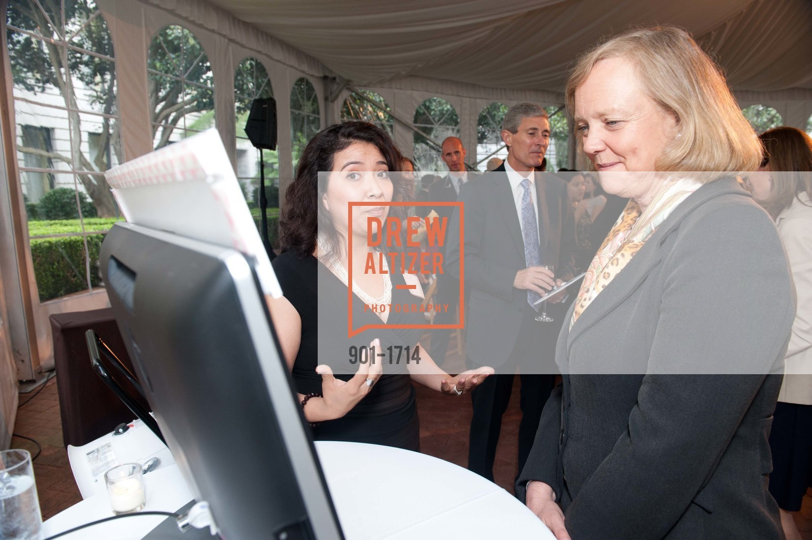 Maribel Lopez, Meg Whitman, Photo #901-1714