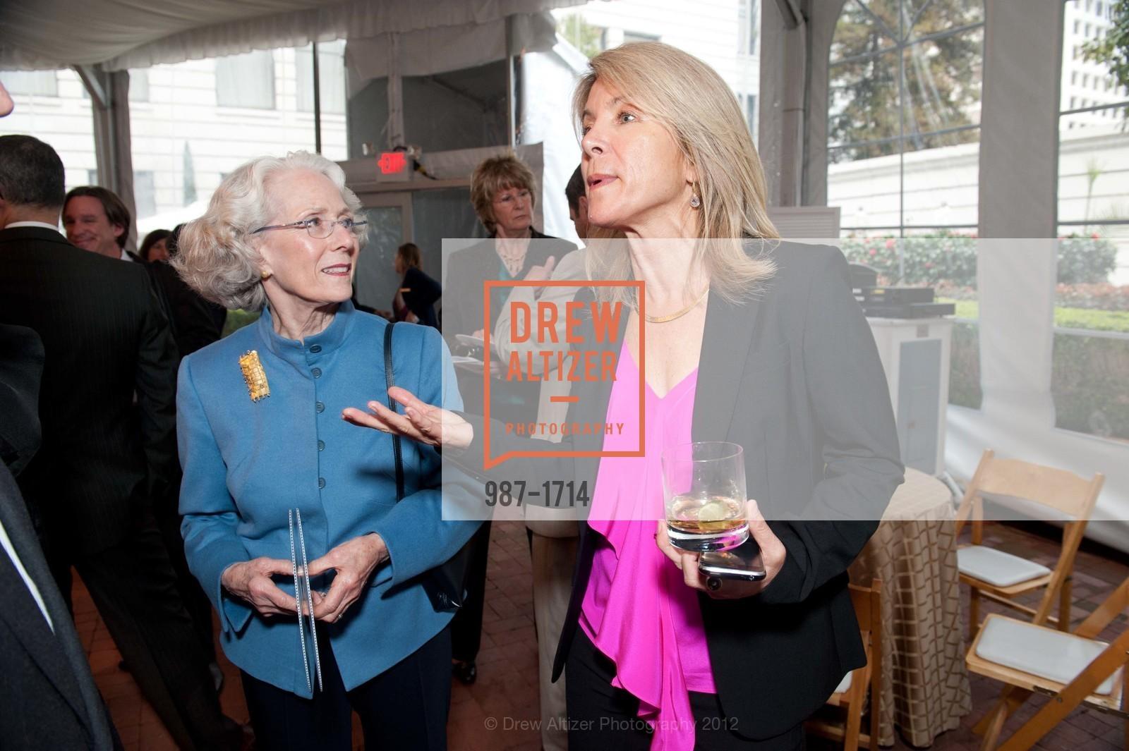Sharon Simpson, Ann Seclow, Photo #987-1714