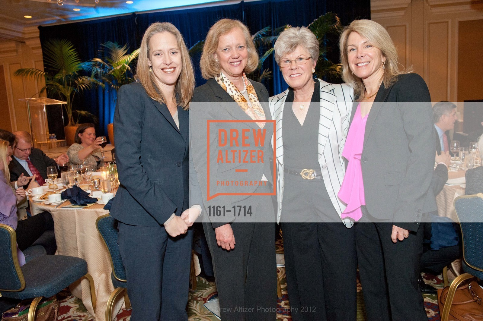 Wendy Kopp, Meg Whitman, Sharon Saunders, Ann Seclow, Photo #1161-1714