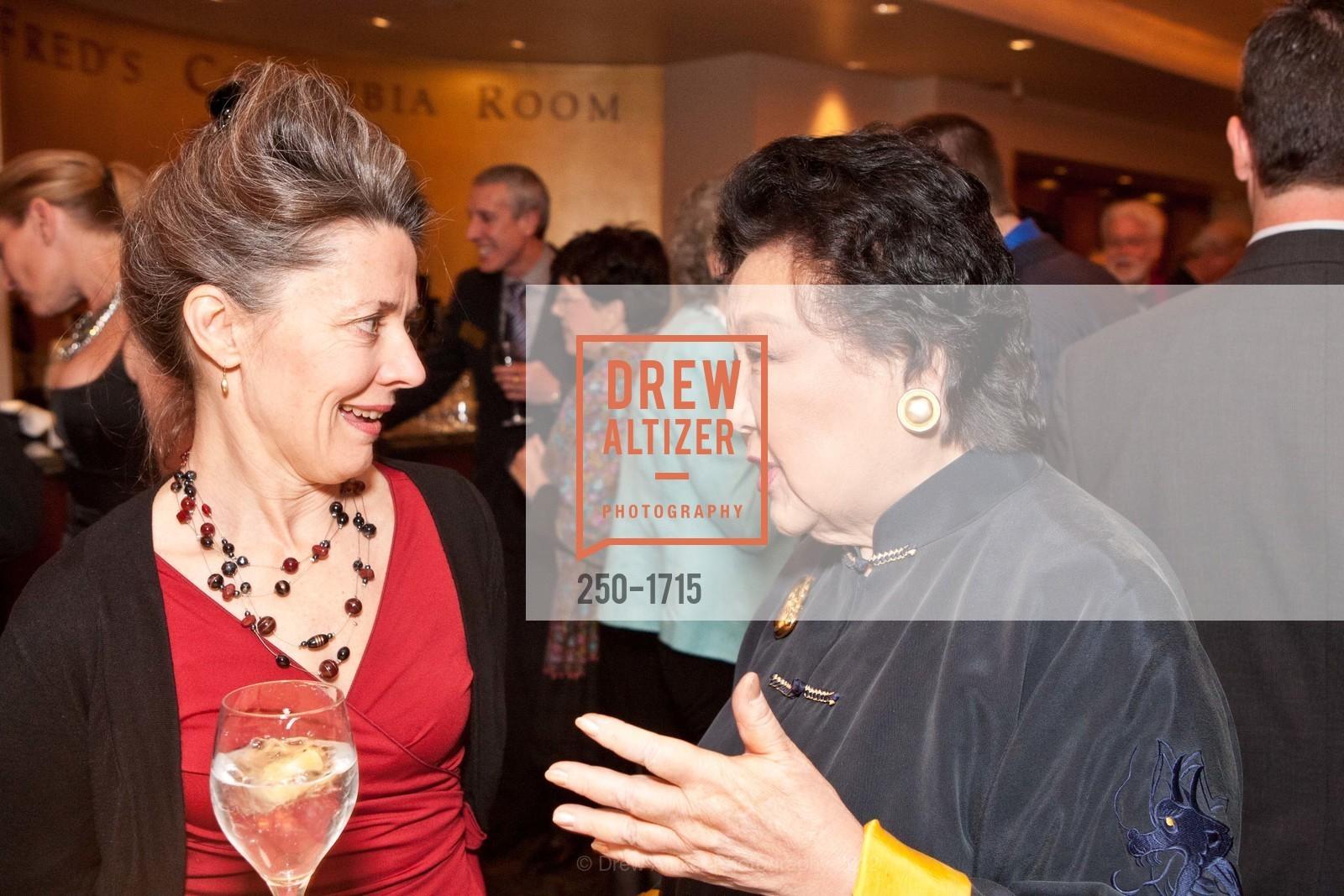 Melissa Smith, Sue Yung Li, Photo #250-1715