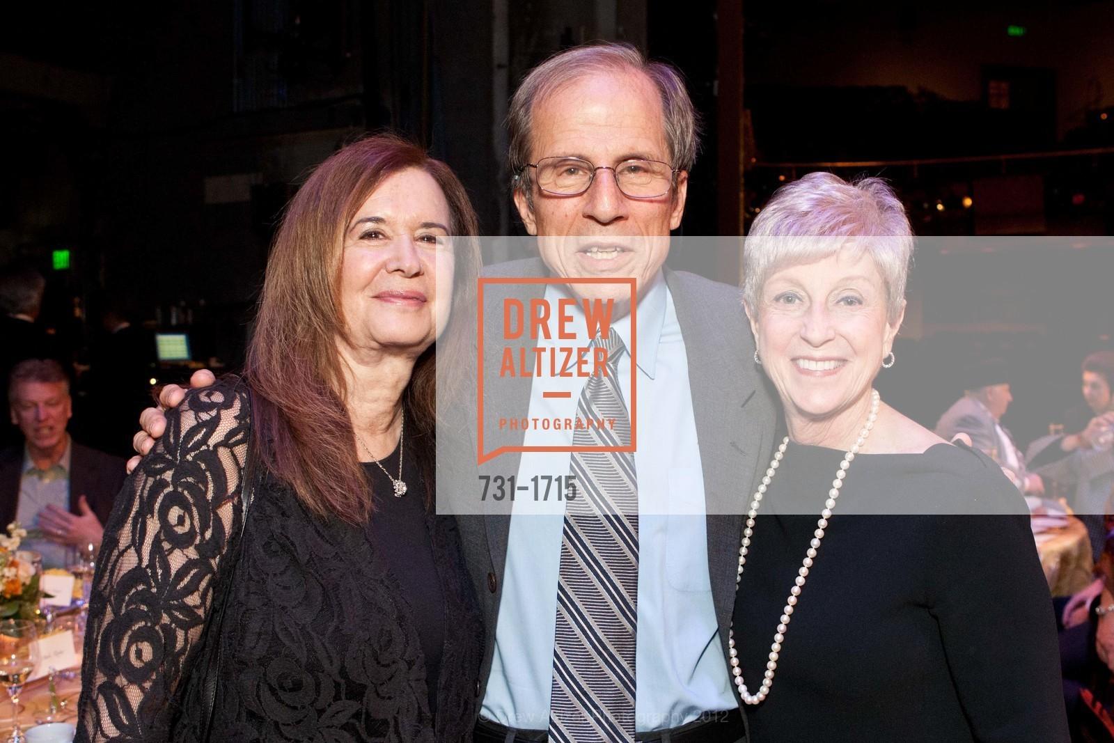 Leslie Krasny, Michael Krasny, Nancy Livingston, Photo #731-1715