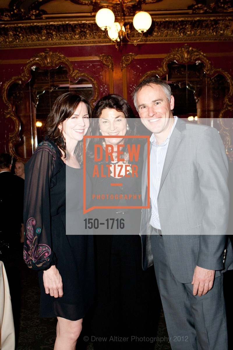 Sheila Lyons, Sheila Kelly, Leonard Lyons, Photo #150-1716