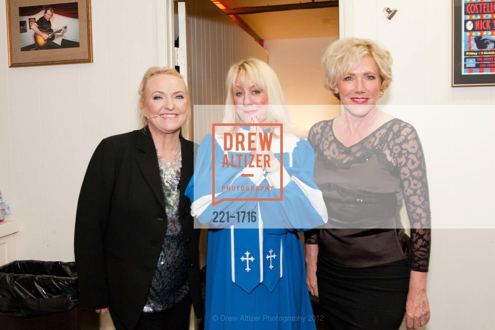Darcy Owens, Ann McKulla, Karen Saghi, Photo #221-1716