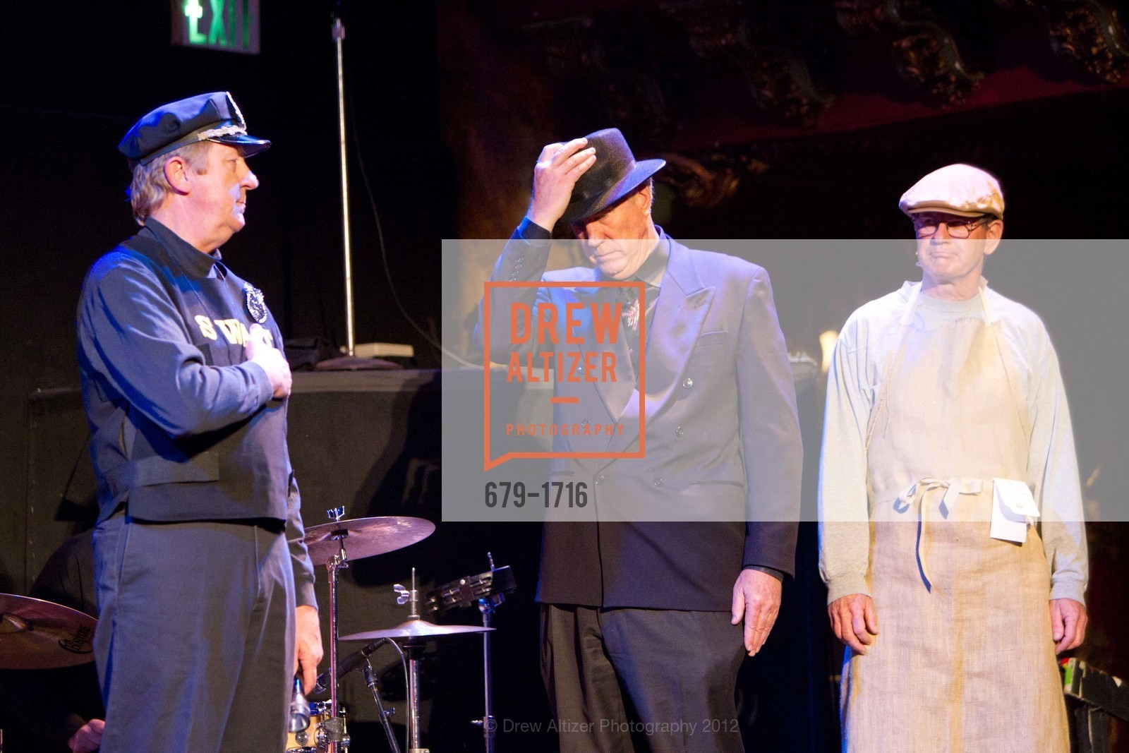 Performance, Photo #679-1716
