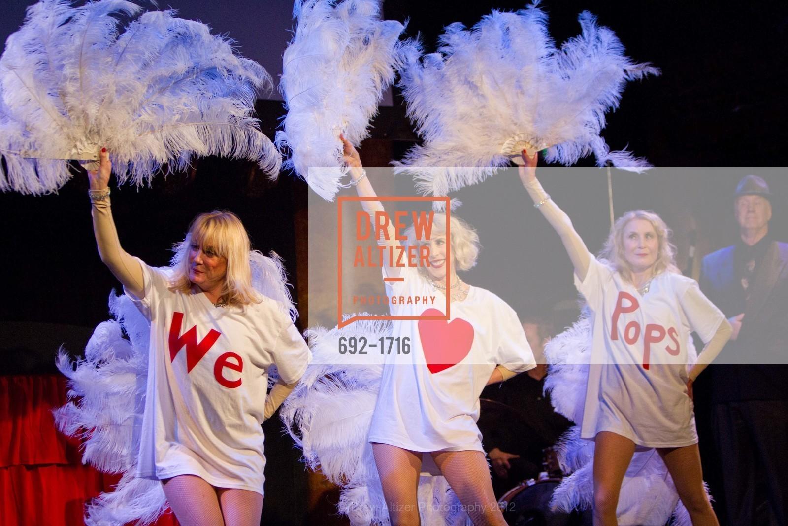 Performance, Photo #692-1716