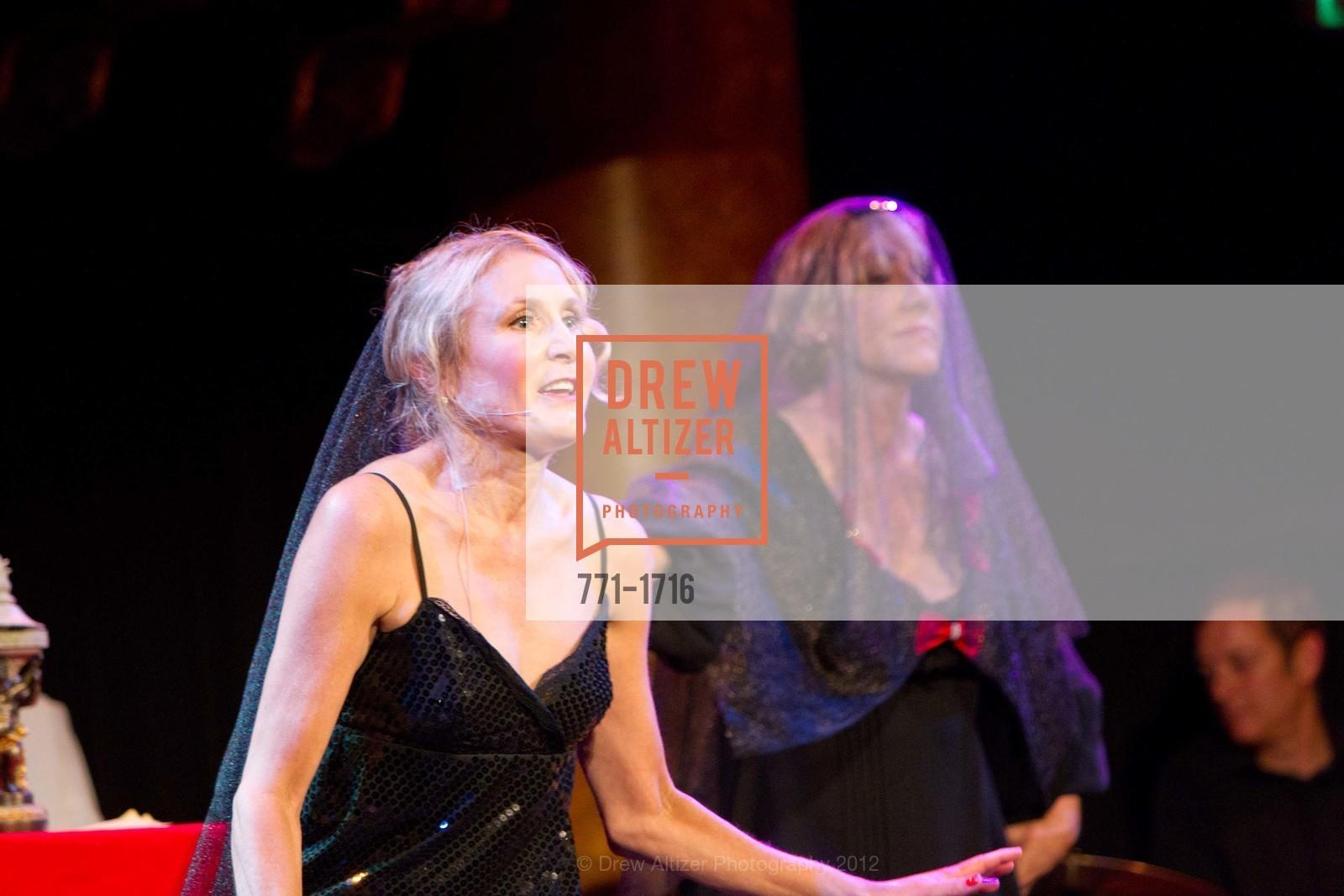 Performance, Photo #771-1716