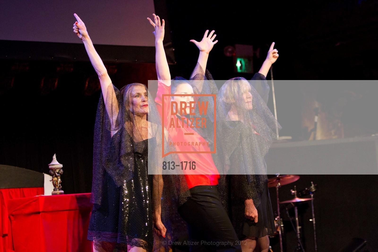 Performance, Photo #813-1716