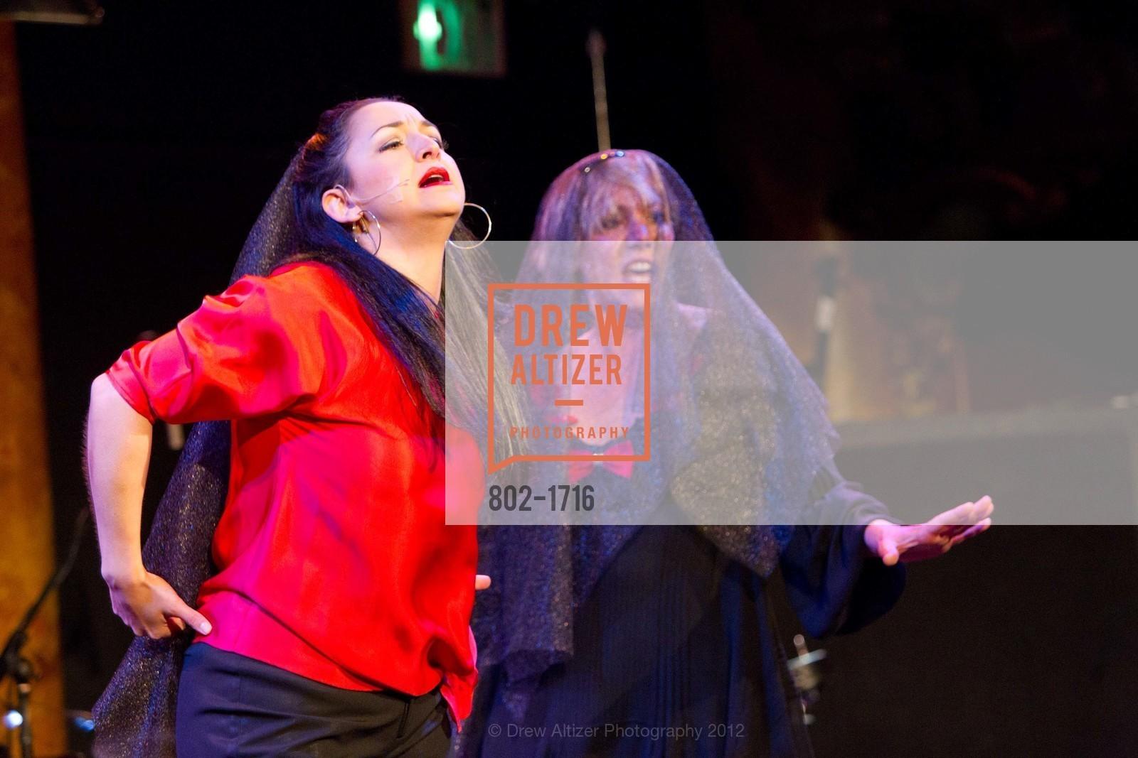 Performance, Photo #802-1716