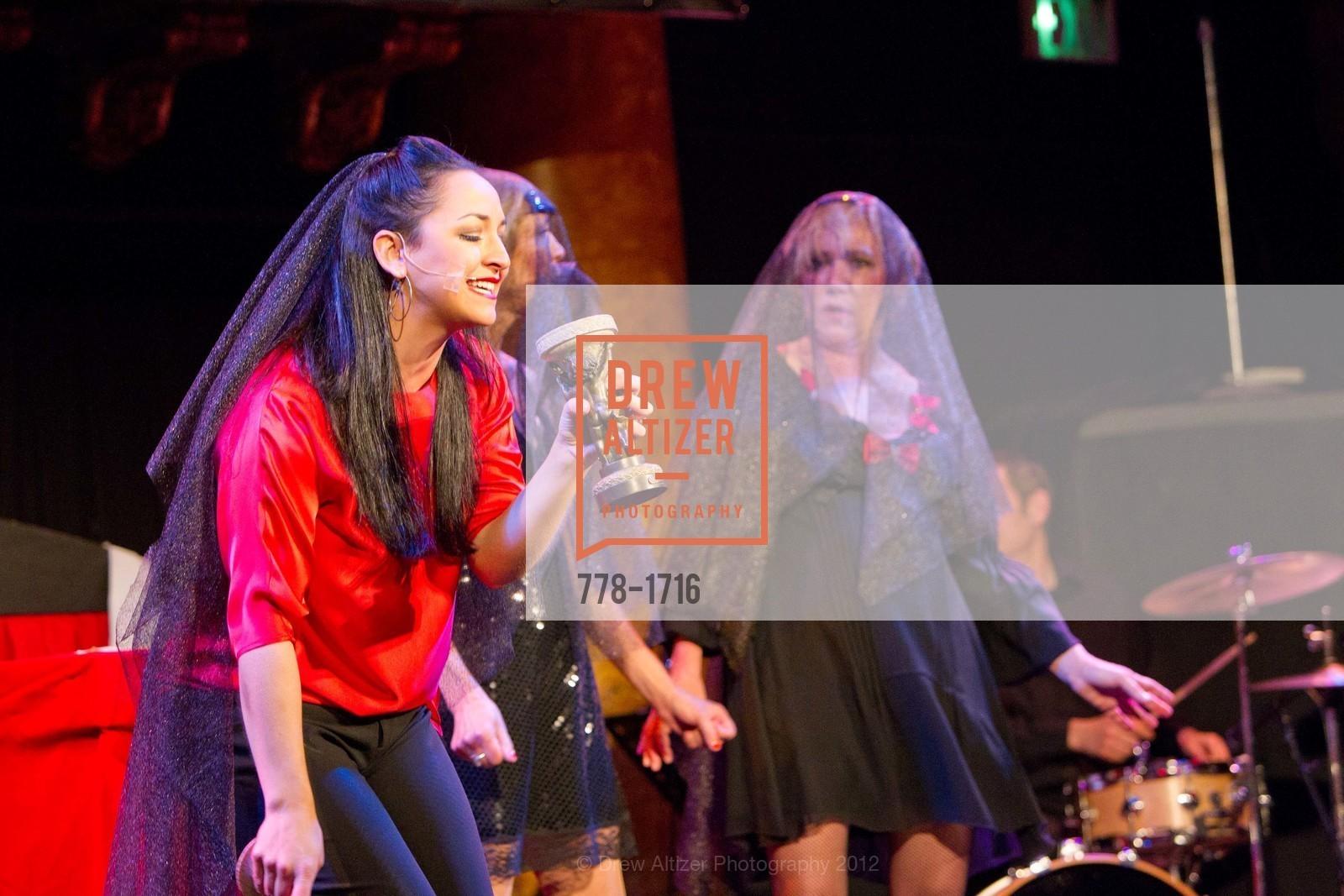 Performance, Photo #778-1716
