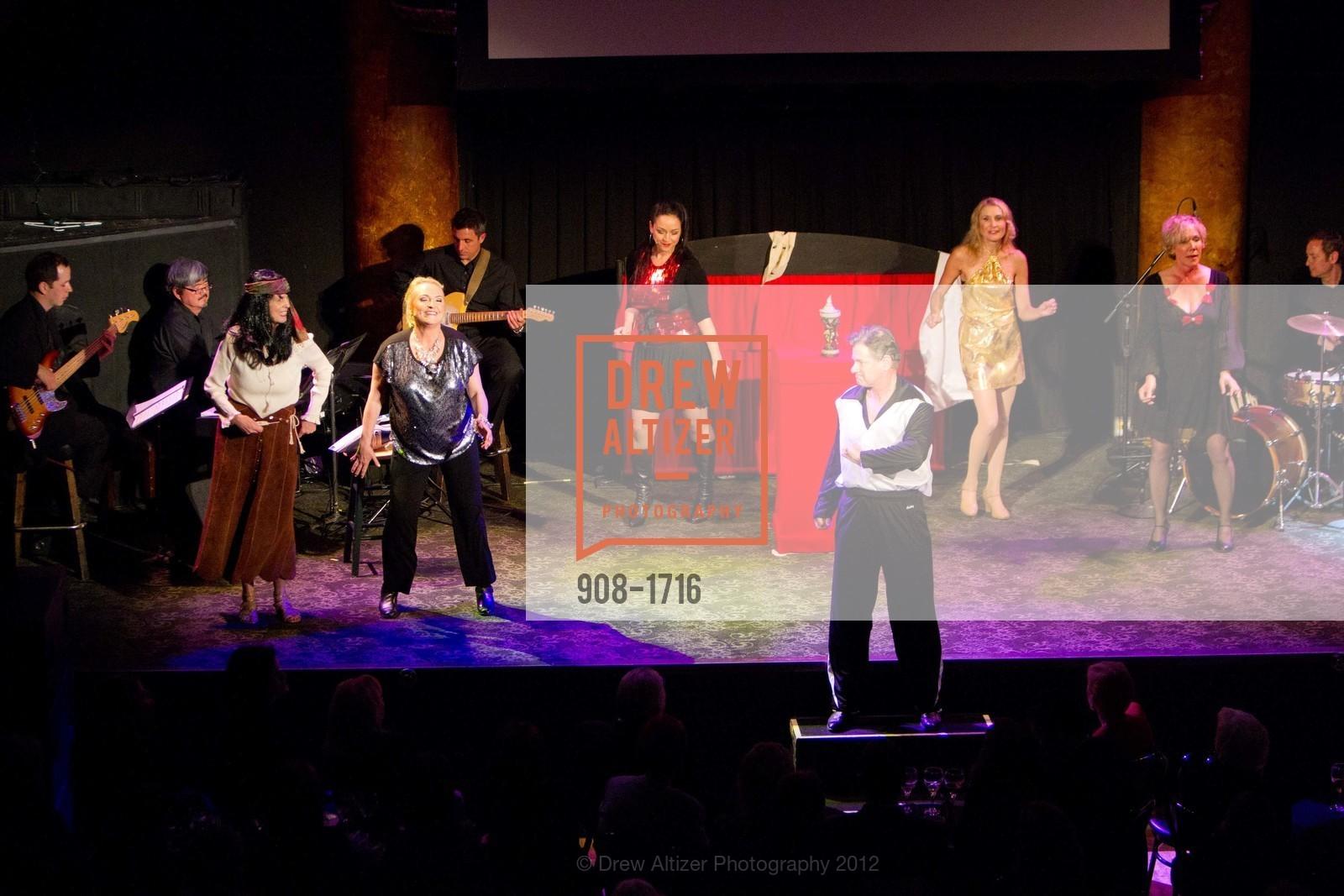 Performance, Photo #908-1716