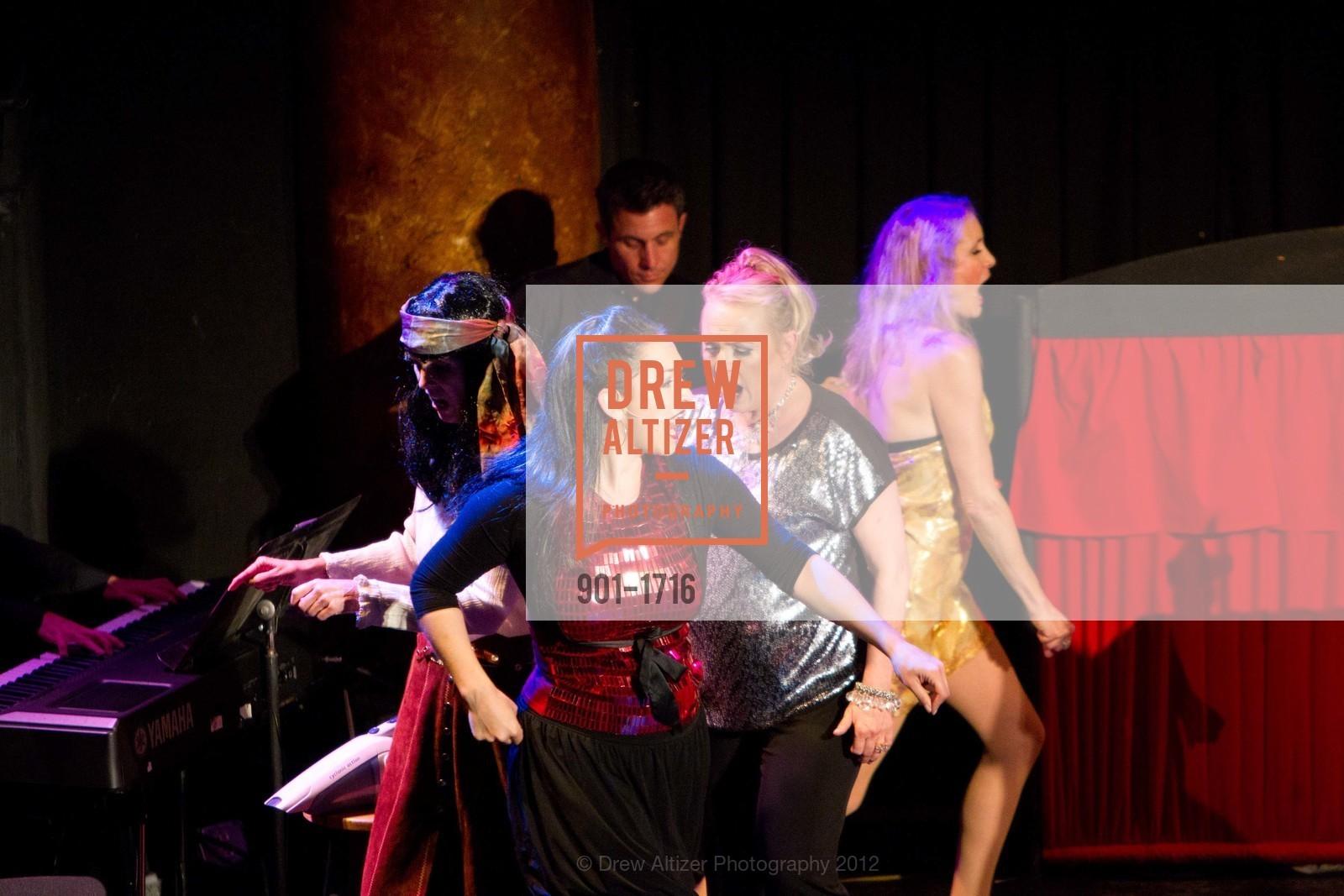 Performance, Photo #901-1716