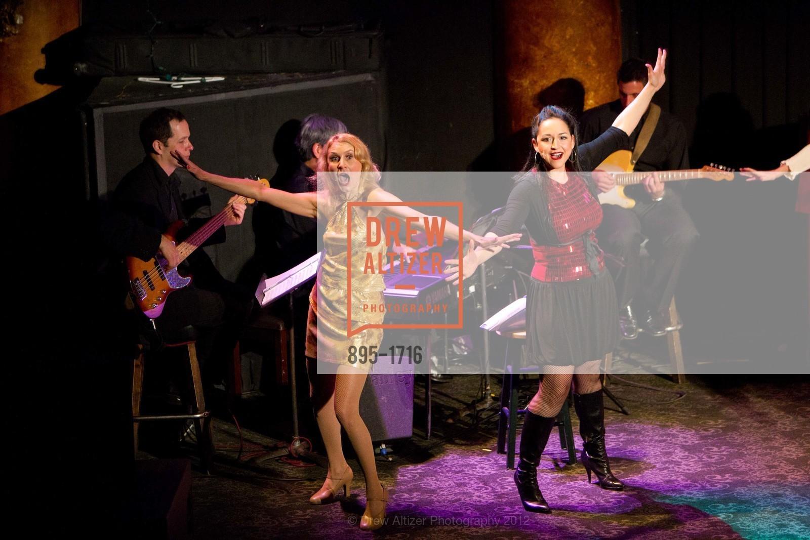 Performance, Photo #895-1716