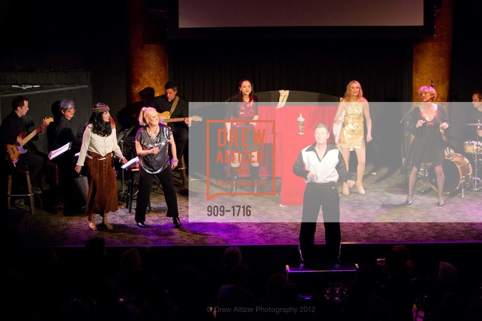 Performance, Photo #909-1716