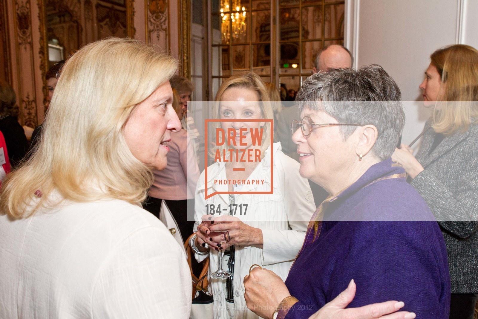 Susan Hyatt, Barbara Brown, Nancy Keenan, Photo #184-1717