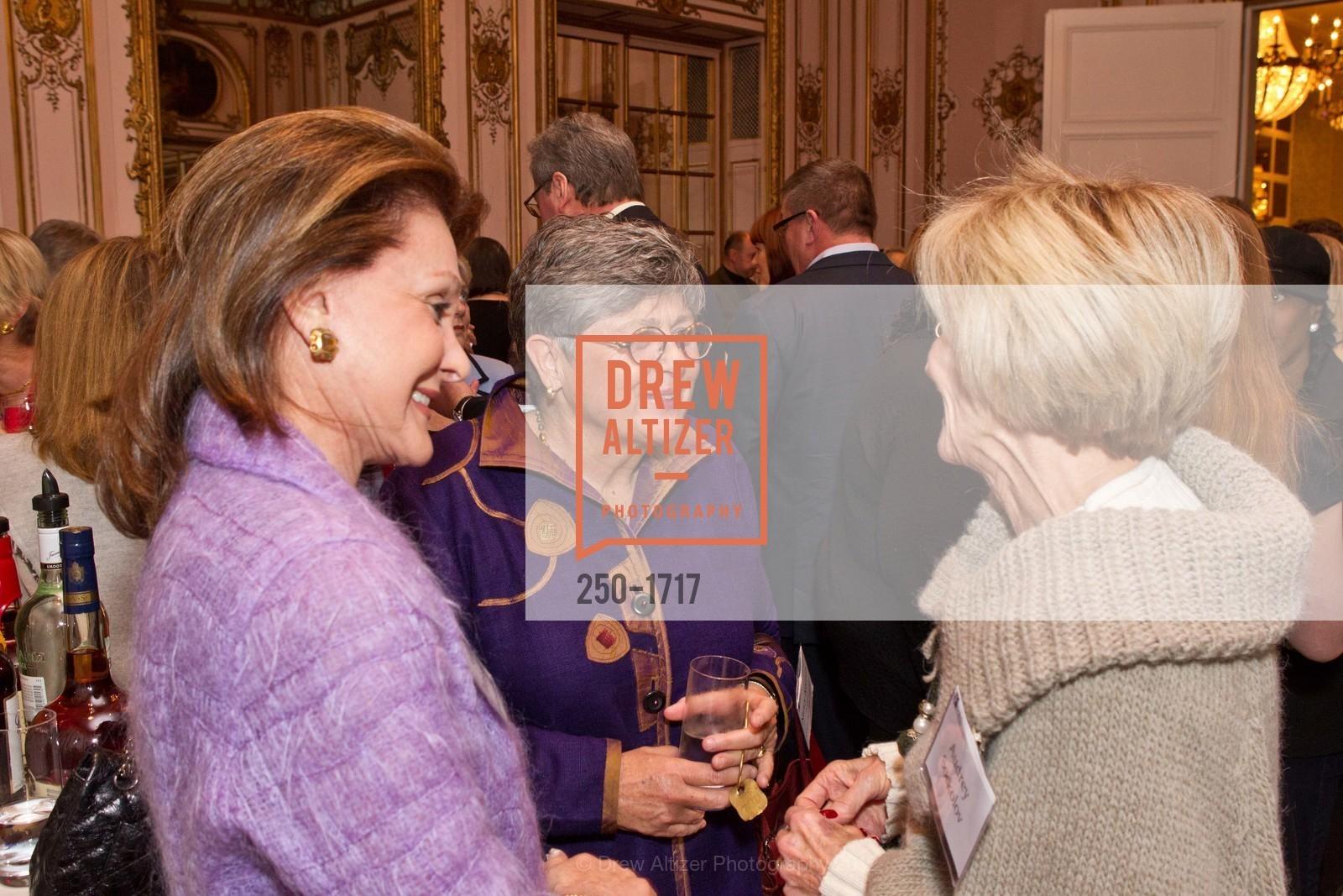 Lucie Weissman, Nancy Keenan, Photo #250-1717
