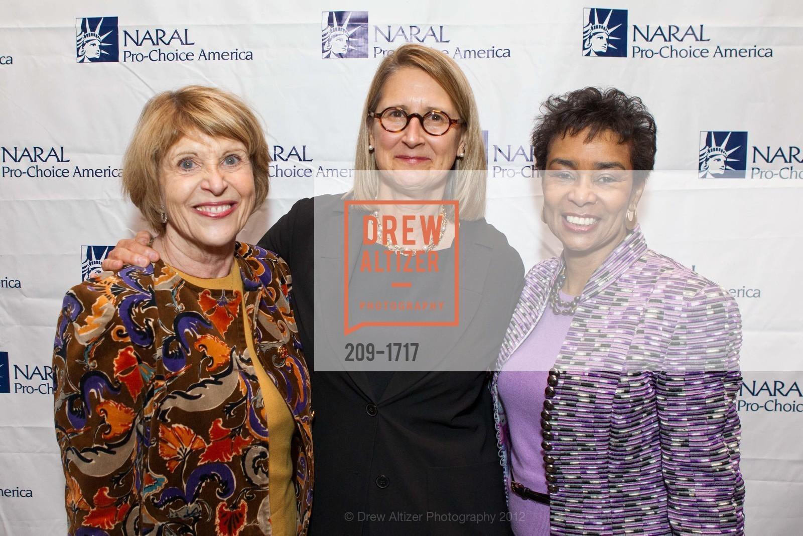Dagmar Dolby, Priscilla Geeslin, Anette Harris, Photo #209-1717