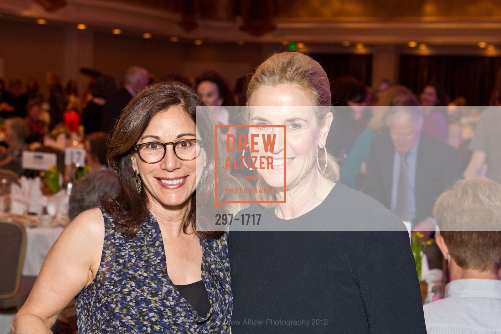 Lisa Schatz, Lisa Goldman, Photo #297-1717
