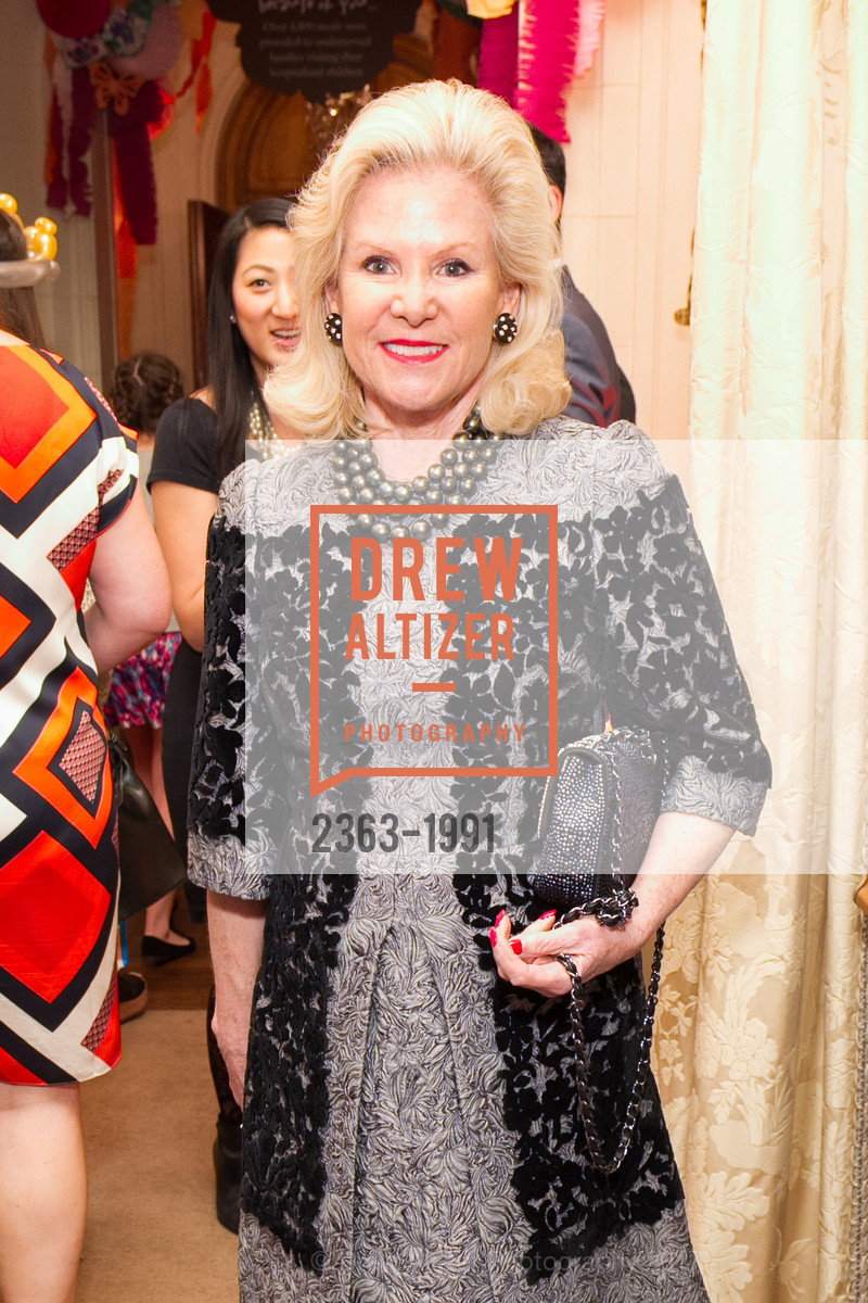 Dede Wilsey, Glogau Teddy Bear Rescue Fund Hosts The Snuggly Soiree, Private Residence, March 23rd, 2017