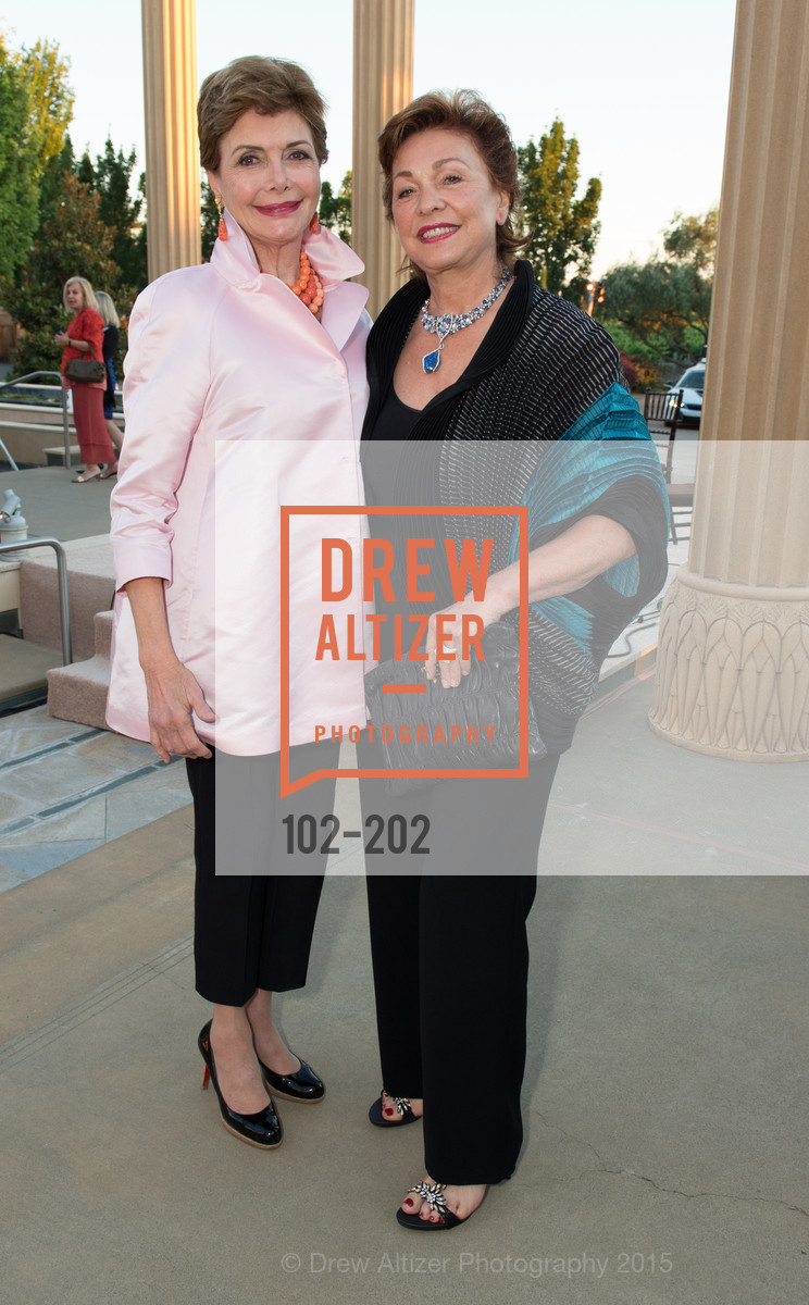 Merle Mullin, Maria Manetti Shrem, Festival del Sole Patron Dinner at Darioush Winery, Darioush Winery. 4240 Silverado Trail, July 24th, 2015