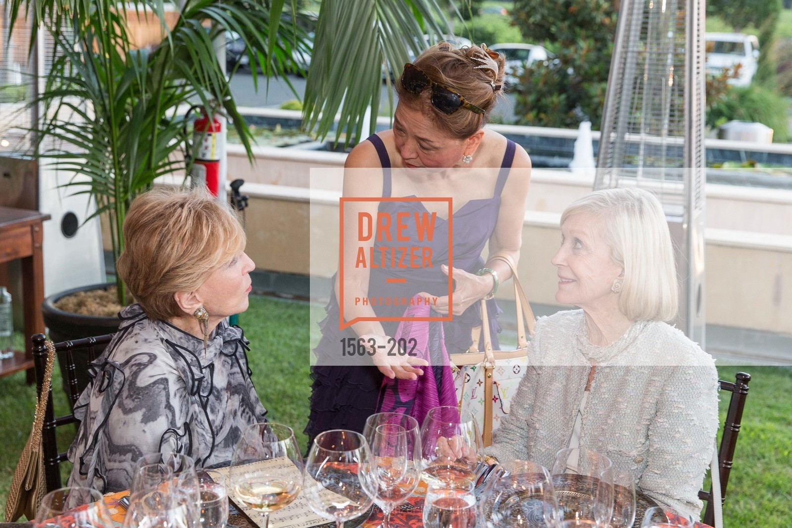 Lois Lehrman, Olivia Decker, Pepper Jackson, Festival del Sole Patron Dinner at Darioush Winery, Darioush Winery. 4240 Silverado Trail, July 24th, 2015,Drew Altizer, Drew Altizer Photography, full-service agency, private events, San Francisco photographer, photographer california