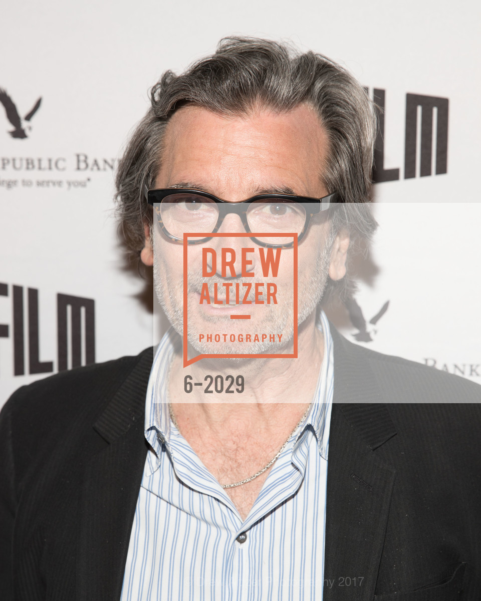 Griffin Dunne, Photo #6-2029