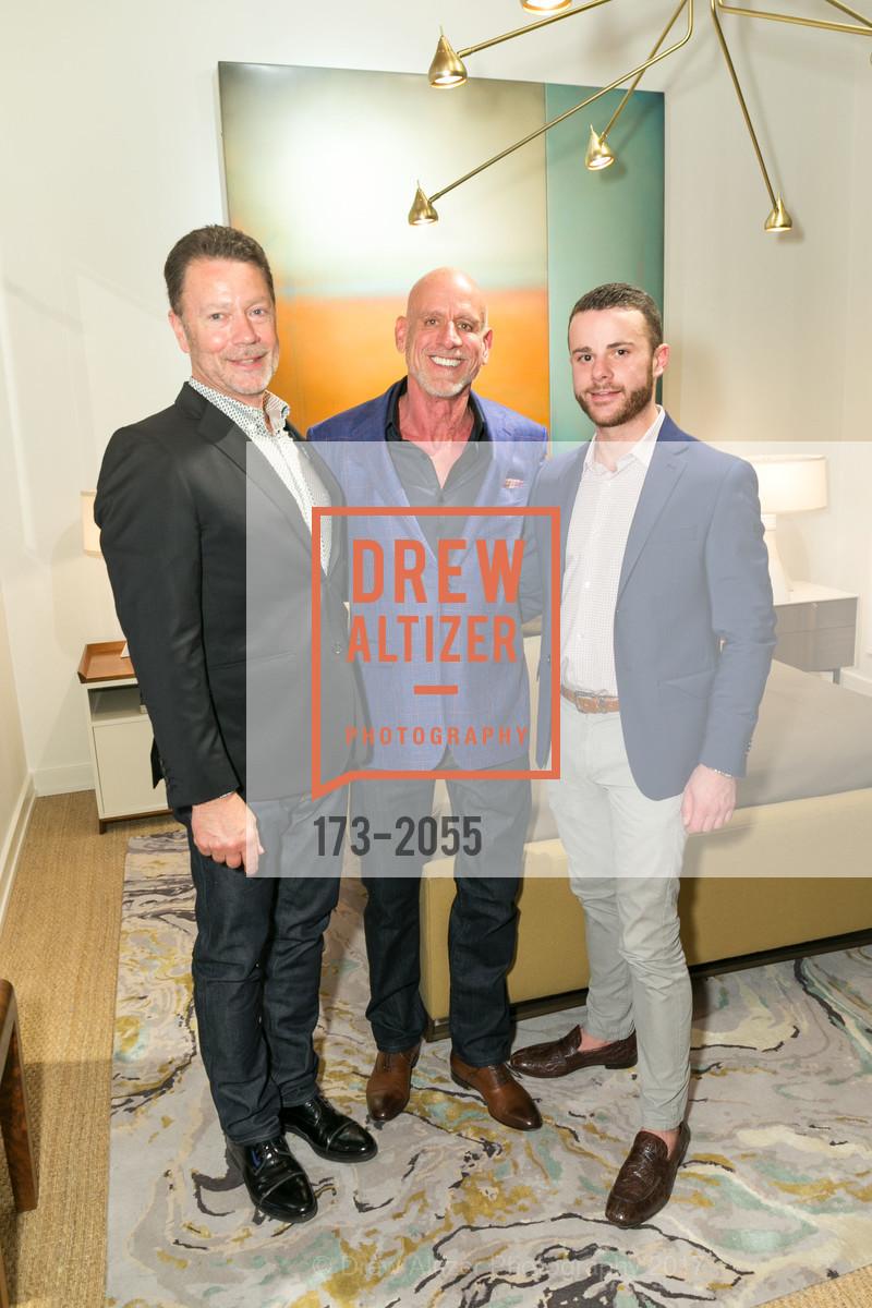 Jeff Holt, Jacques Saint Dizier, Patrick Merriman, Photo #173-2055