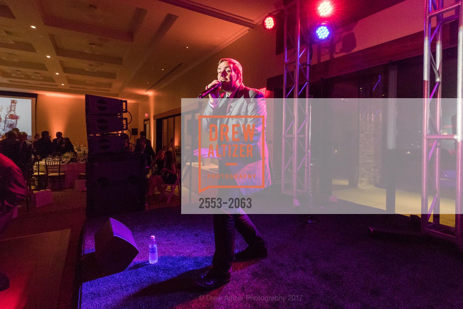 Performance, Photo #2553-2063