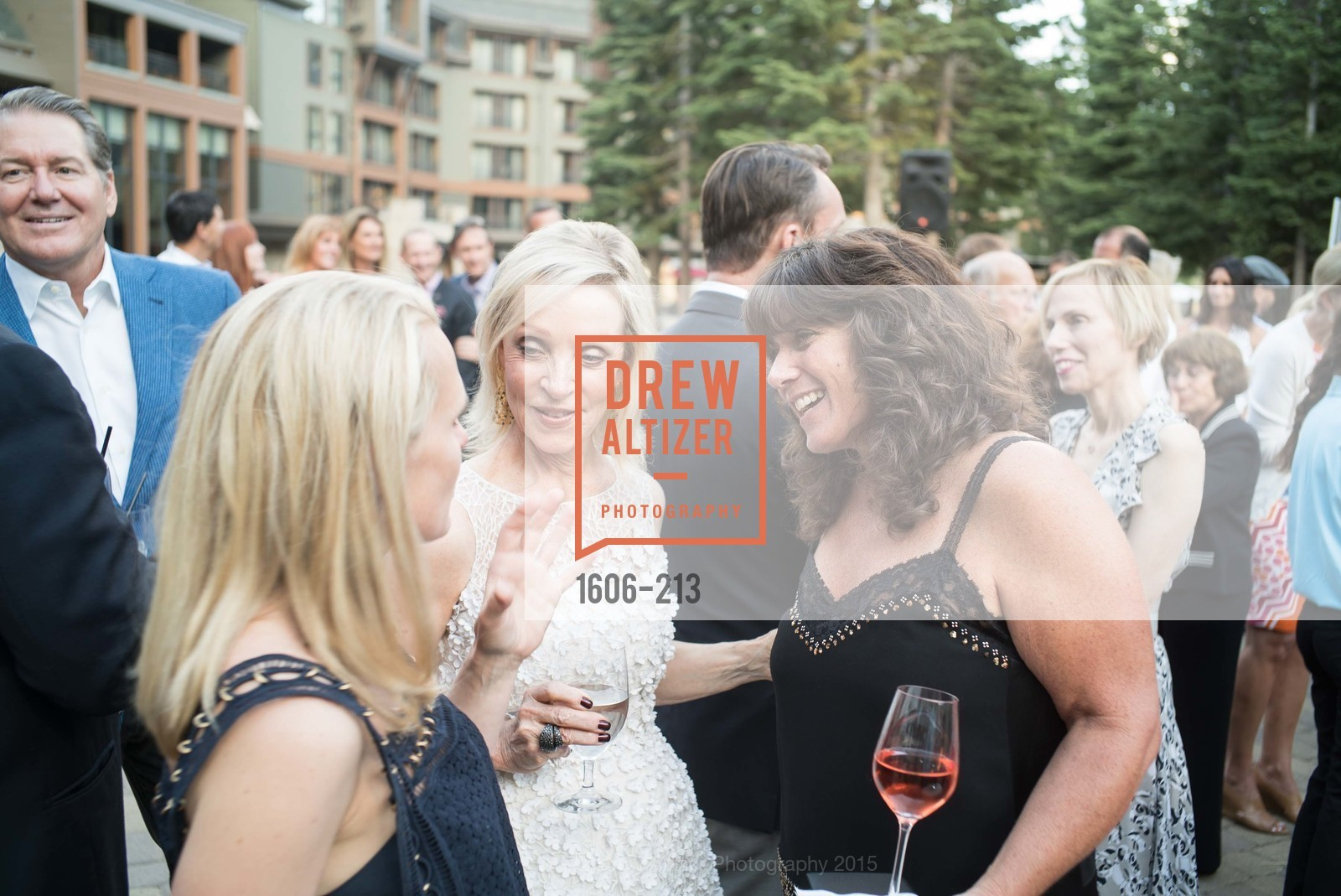 Barbara Brown, Kristen Keane, League to Save Lake Tahoe Sponsor Cocktail Party, Ritz-Carlton, Lake Tahoe, July 31st, 2015,Drew Altizer, Drew Altizer Photography, full-service agency, private events, San Francisco photographer, photographer california
