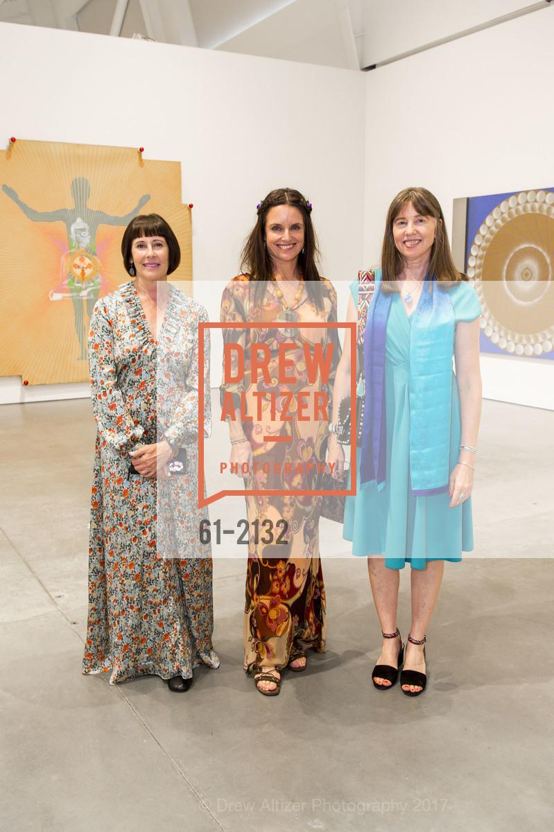 Carla Emil, Carla Crane, Leslie Berriman, Photo #61-2132