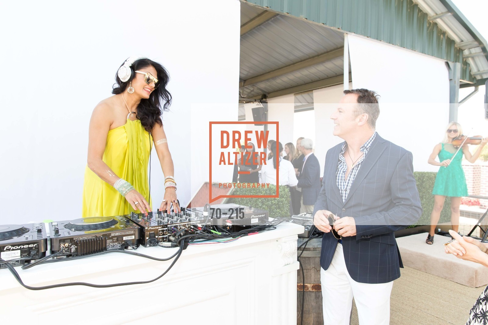 Donna D'Cruz, Colin Cowie, 2015 GIANT STEPS Charity Classic presented by Hermes, Sonoma Horse Park. 7600 Lakeville Highway, August 1st, 2015,Drew Altizer, Drew Altizer Photography, full-service agency, private events, San Francisco photographer, photographer california