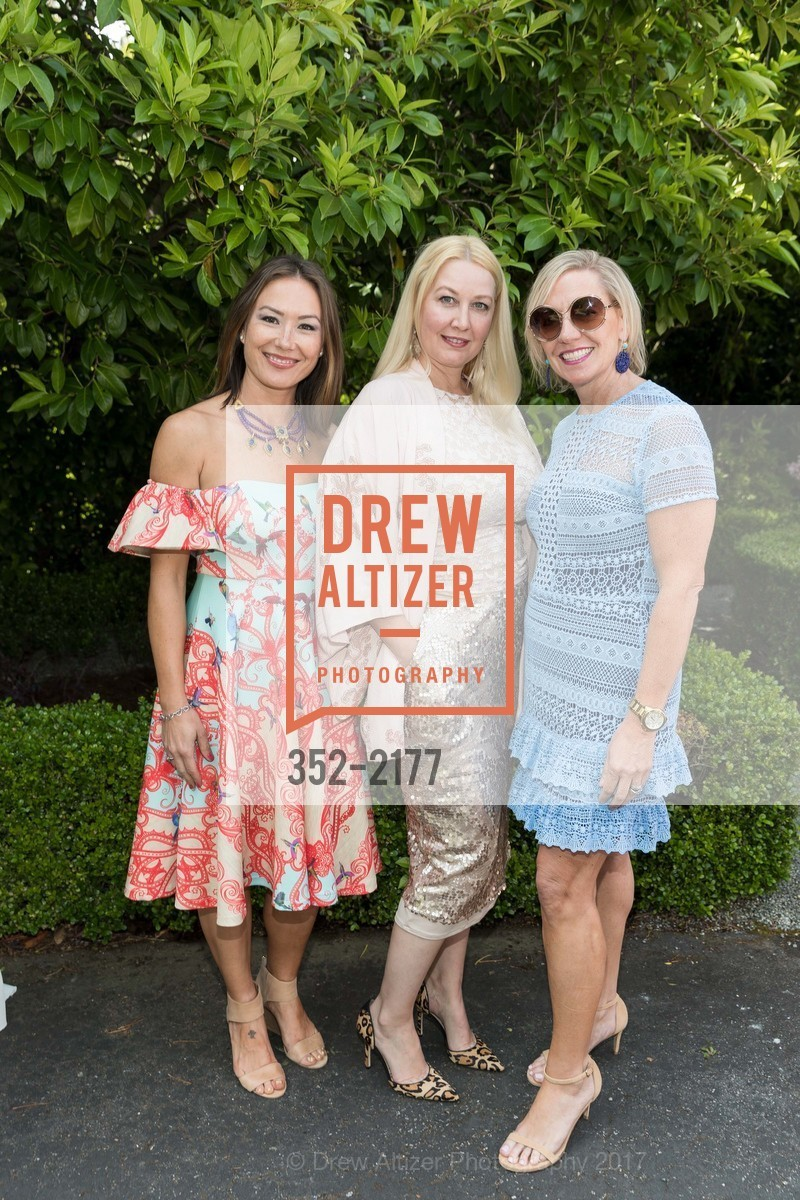 Liz Black, Kimberly Hines, Diana Dorobek, Photo #352-2177