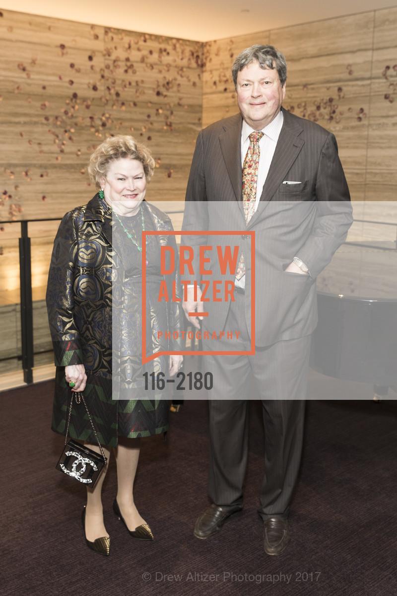 Cynthia Gunn, John Gunn, Photo #116-2180