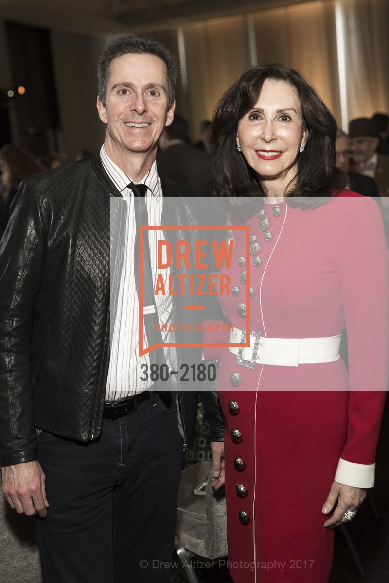 David Bertoni, Carolyn Chandler, Photo #380-2180