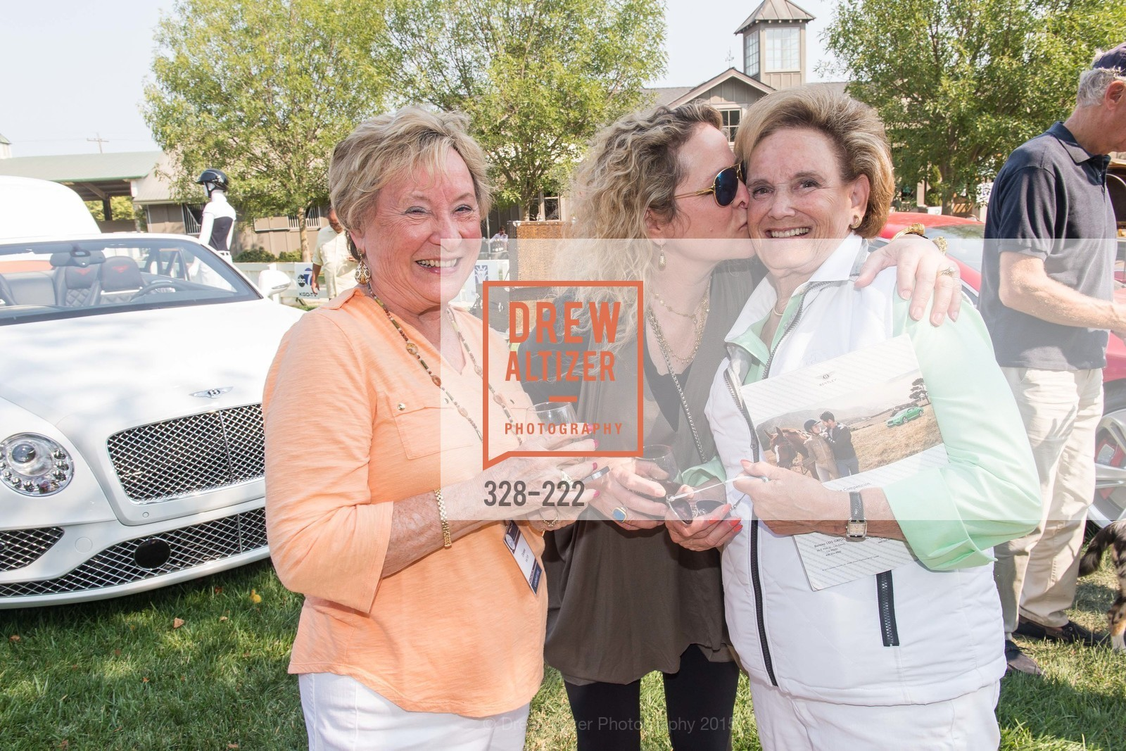 Linda Salvador, Betsy Glikbarg, Bentley Tailgate Party Benefiting the Menlo Charity Horse Show, Menlo Circus Club, August 8th, 2015,Drew Altizer, Drew Altizer Photography, full-service event agency, private events, San Francisco photographer, photographer California