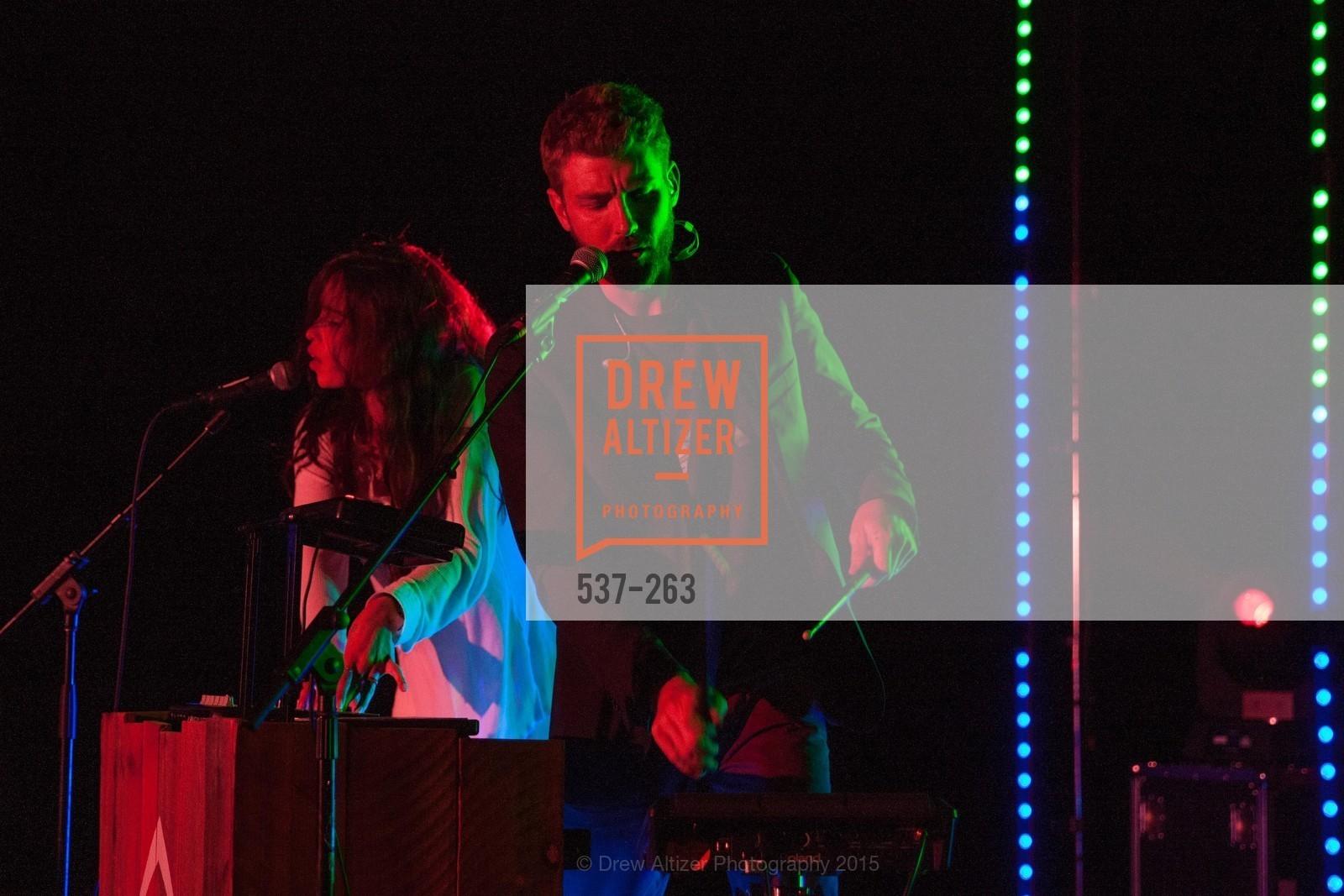 Chelsea Tyler, Jon Foster, Photo #537-263