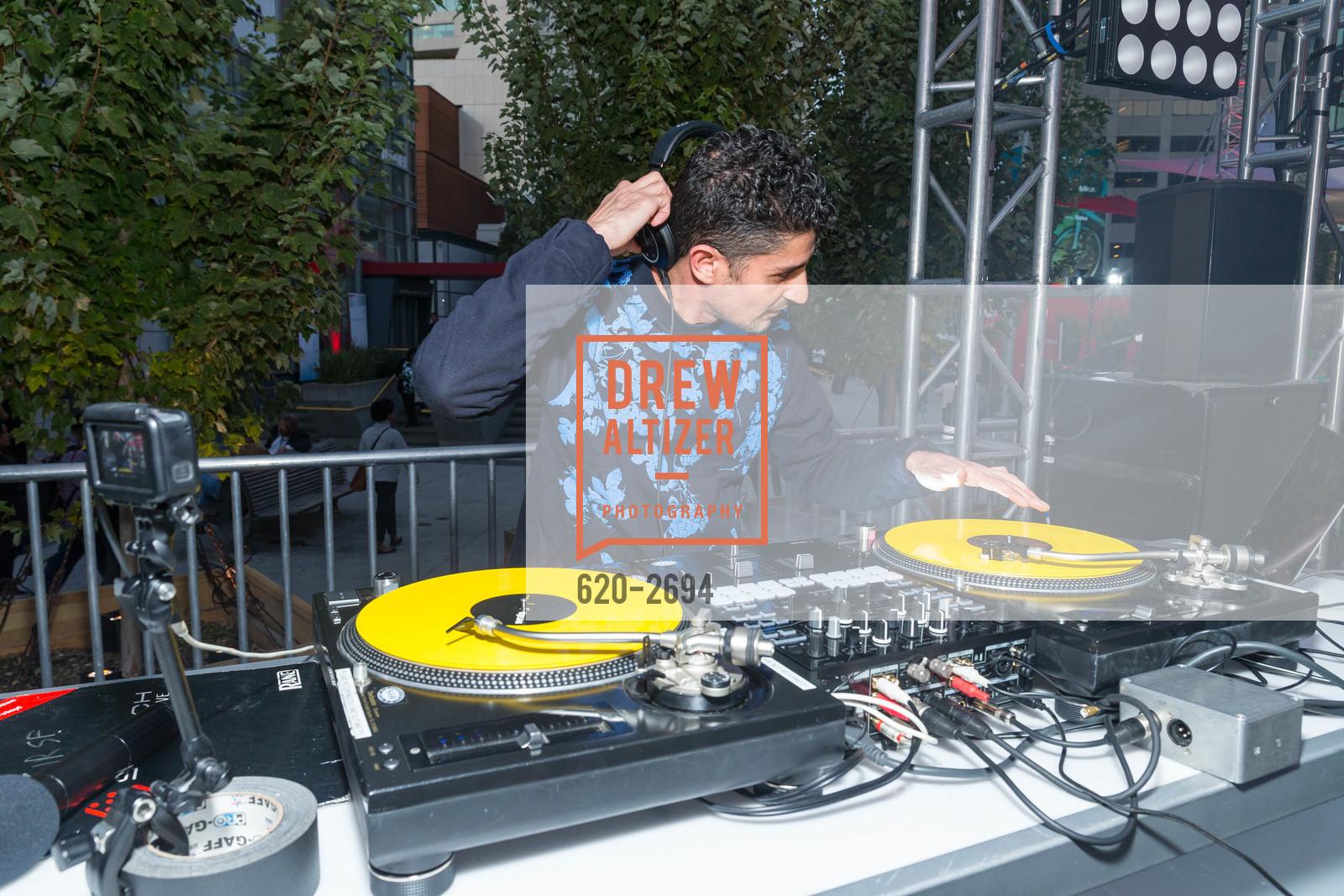 DJ Dojah, Photo #620-2694