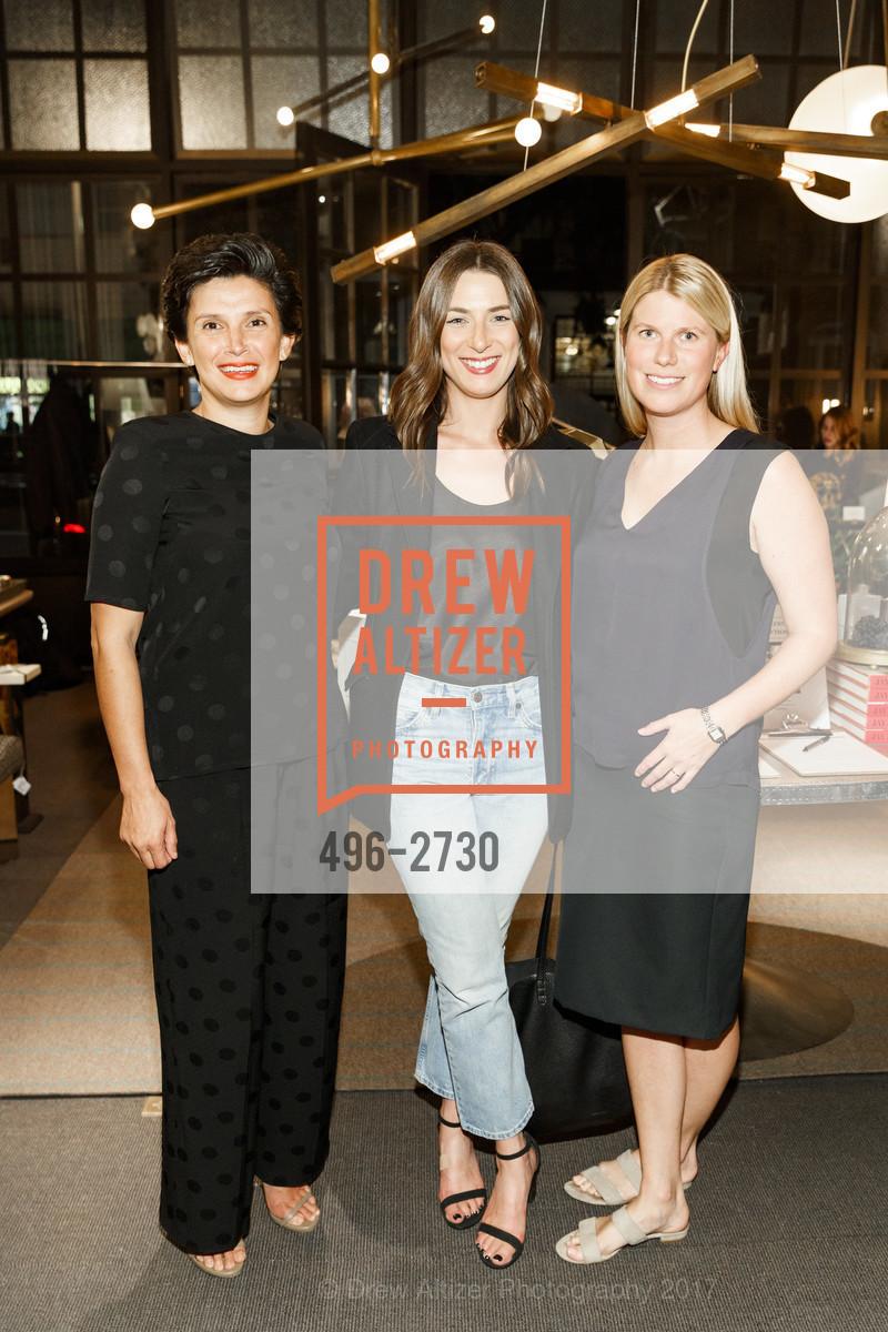 Diana Headrick, Amelia Moye, Sarah Wendell, Photo #496-2730