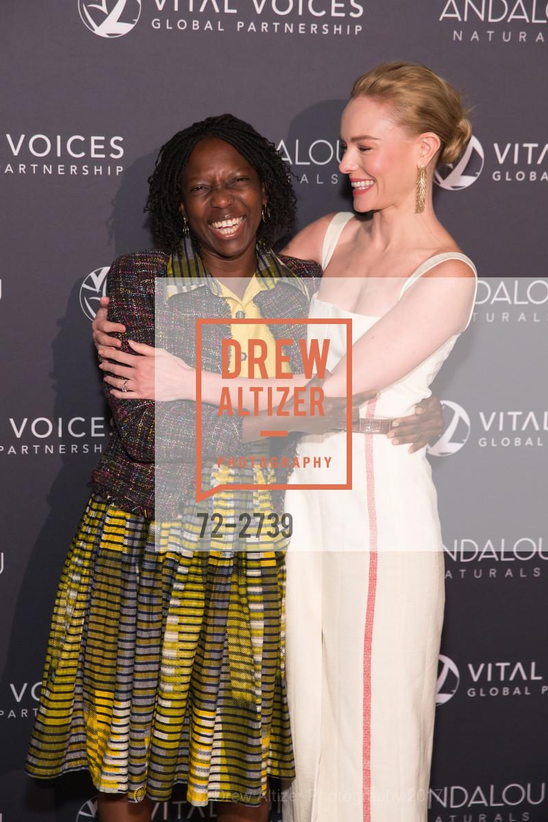 Agnes Igoye, Kate Bosworth, Photo #72-2739