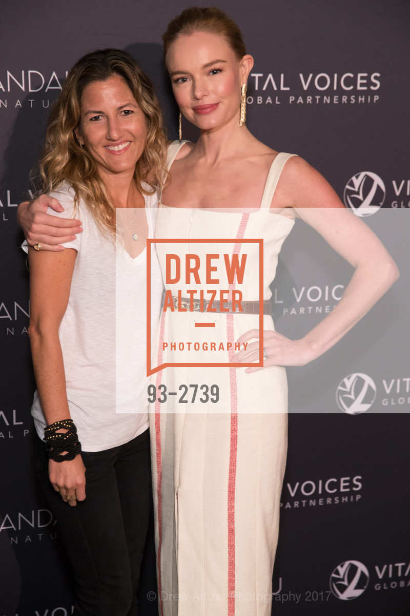 Ariela Suster, Kate Bosworth, Photo #93-2739