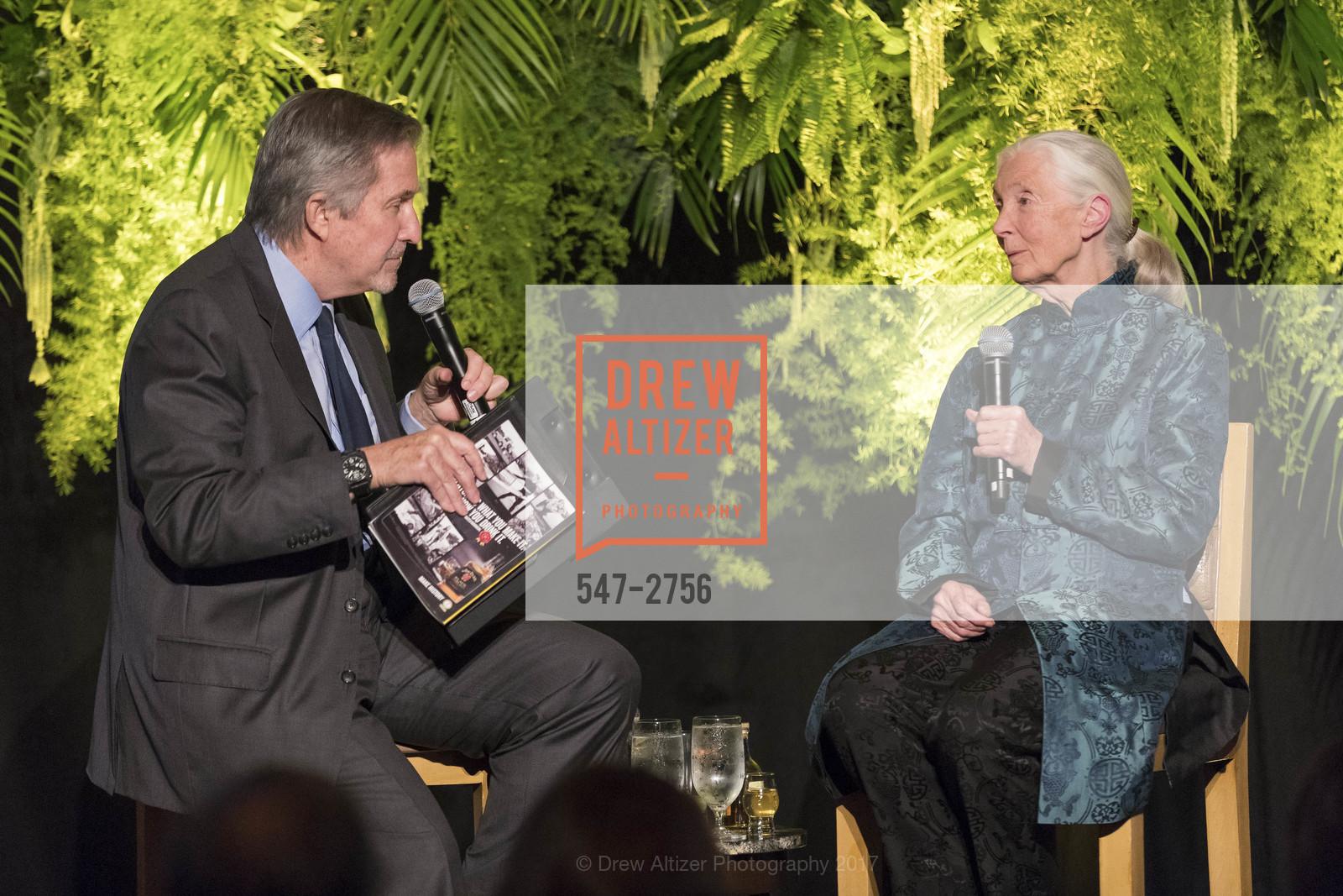 Forrest Sawyer, Jane Goodall, Photo #547-2756