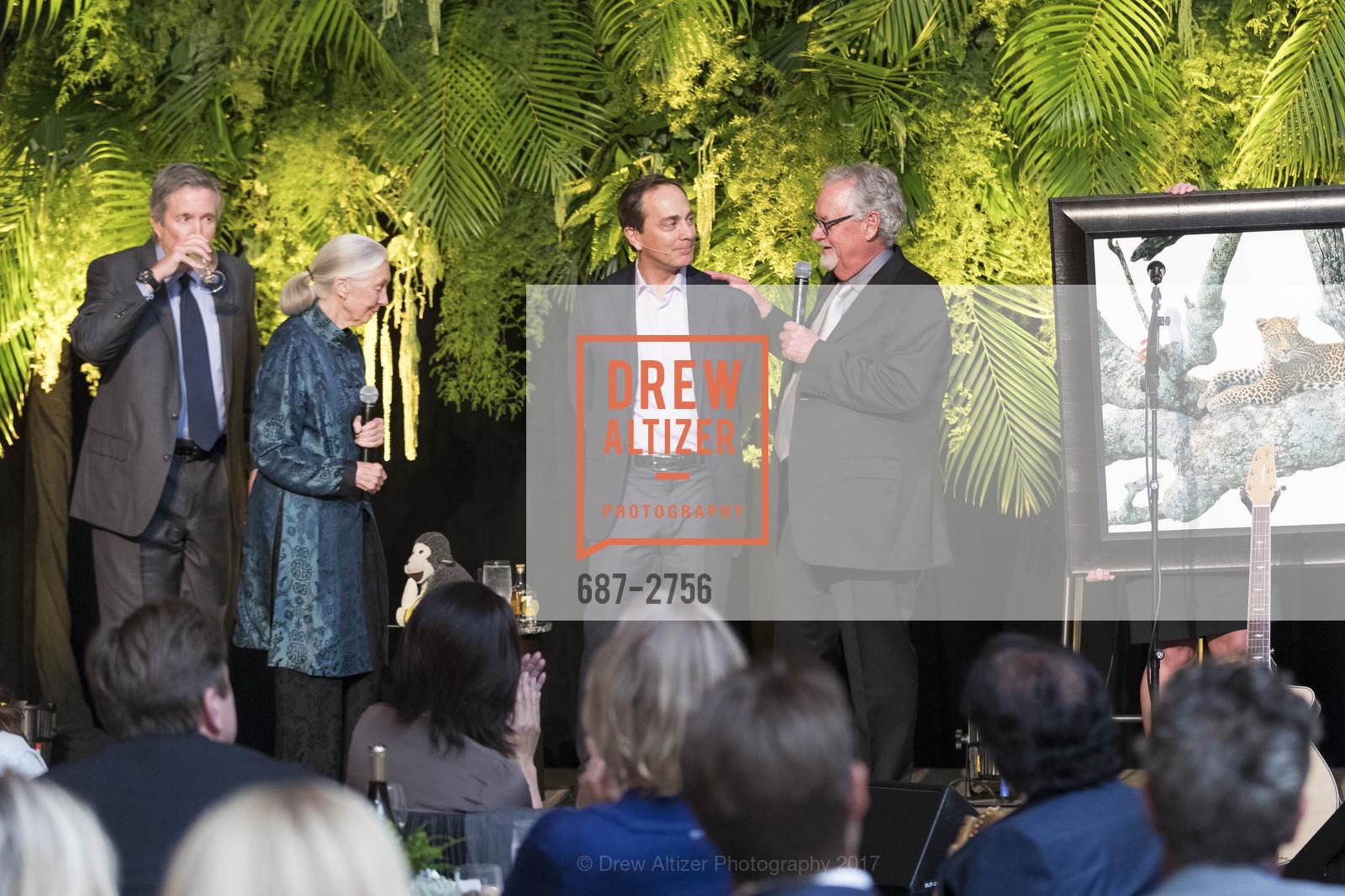 Forrest Sawyer, Jane Goodall, Charlie Knowles, Tom Mangelsen, Photo #687-2756